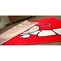 Dětský koberec ČERVENÁ OPIČKA - kusové koberce pro děti