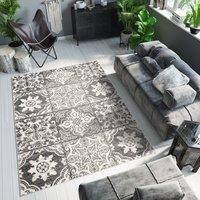 Kusový koberec ETHNIC černý - typ A