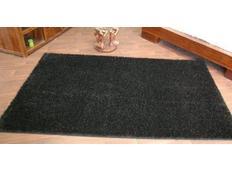Kusový koberec SHAGGY CARNIVAL – černý