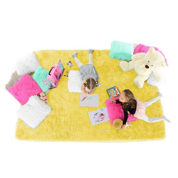 Plyšový dětský koberec ŽLUTÝ