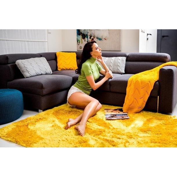 Dětský plyšový koberec žluto-oranžový