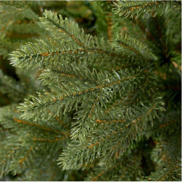 Vánoční stromek - smrk na dřevěném kmeni 180 cm